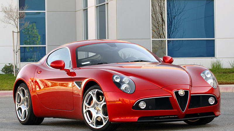 quick spin alfa romeo 8c competizione proves beauty is only skin deep autoblog. Black Bedroom Furniture Sets. Home Design Ideas