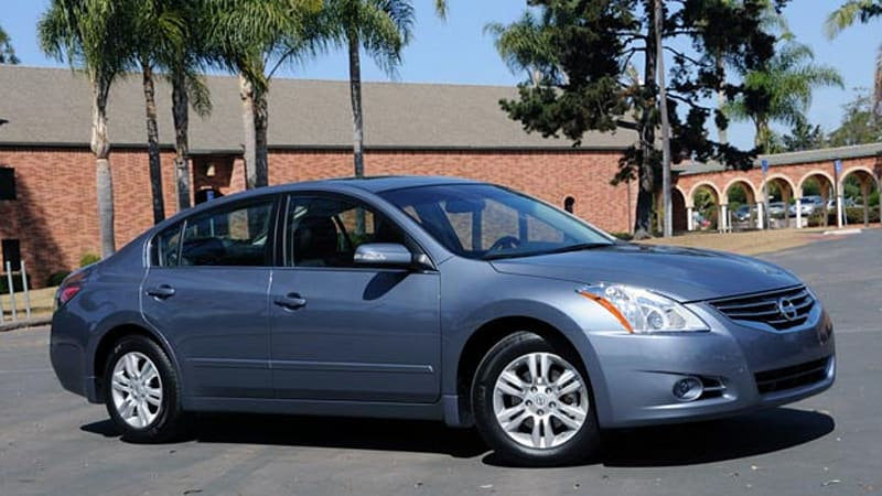 Quick Spin 2010 Nissan Altima A Well Mannered Sedan Without Surprises