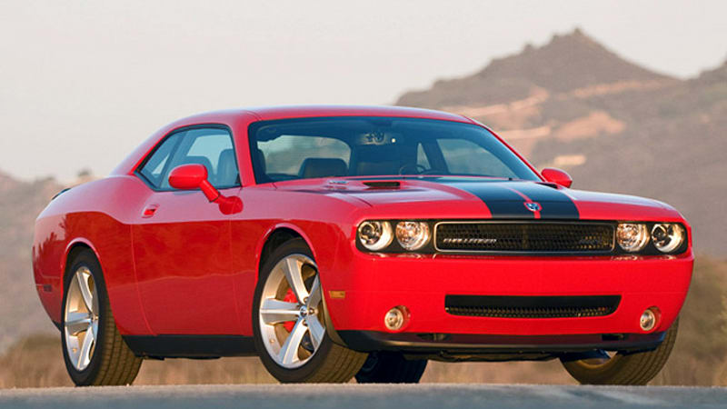 Review 2009 Dodge Challenger Srt8 Six Speed Reveals Its