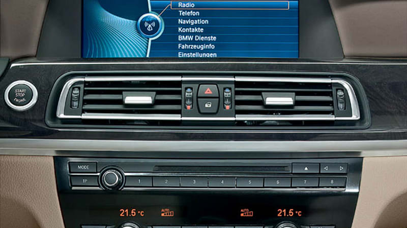 BMW slashes price of satellite radio by 41 percent, others