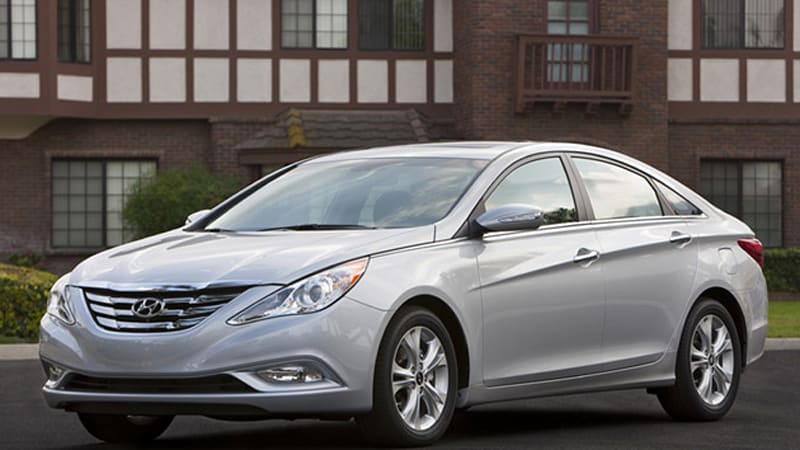 La 2009 2017 Hyundai Sonata Debuts With Style Four Cylinder Only And Less Weight