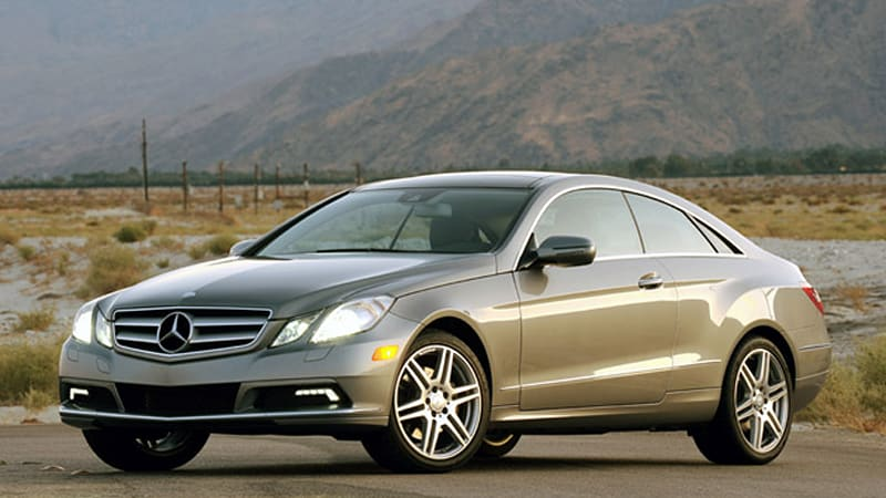 review 2010 mercedes benz e350 coupe is a worthy companion autoblog. Black Bedroom Furniture Sets. Home Design Ideas