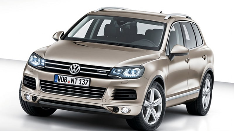 officially official 2011 volkswagen touareg w videos autoblog rh autoblog com 2008 Touareg 2010 Touareg
