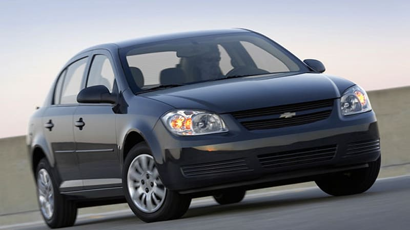 Gm Recalls 1 3 Million Cobalts G5s For Steering Problem
