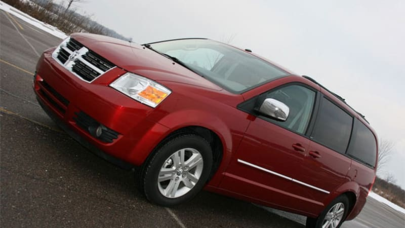 chrysler recalls 285k 2008 2009 minivans over fire risk autoblog. Black Bedroom Furniture Sets. Home Design Ideas