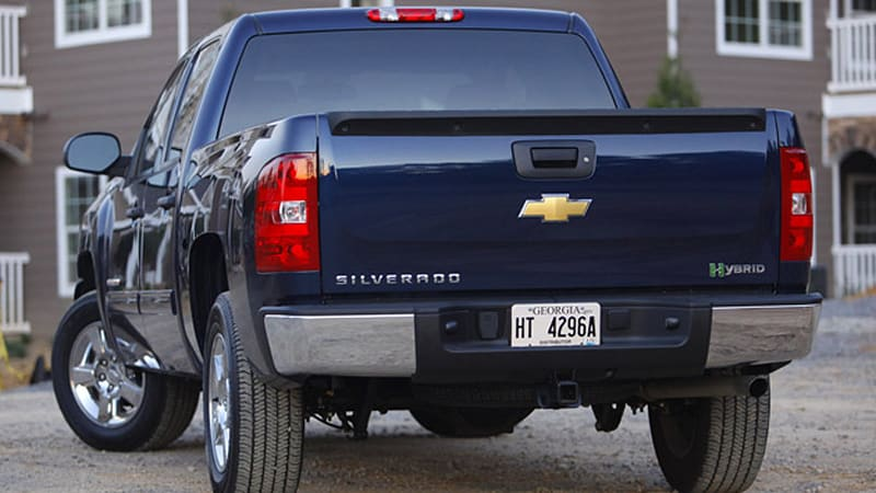 Review: 2010 Chevrolet Silverado Hybrid is all swing, all miss