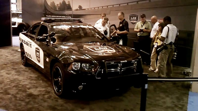 Video 2011 Dodge Charger Pursuit Police Car Leaks Out Autoblog