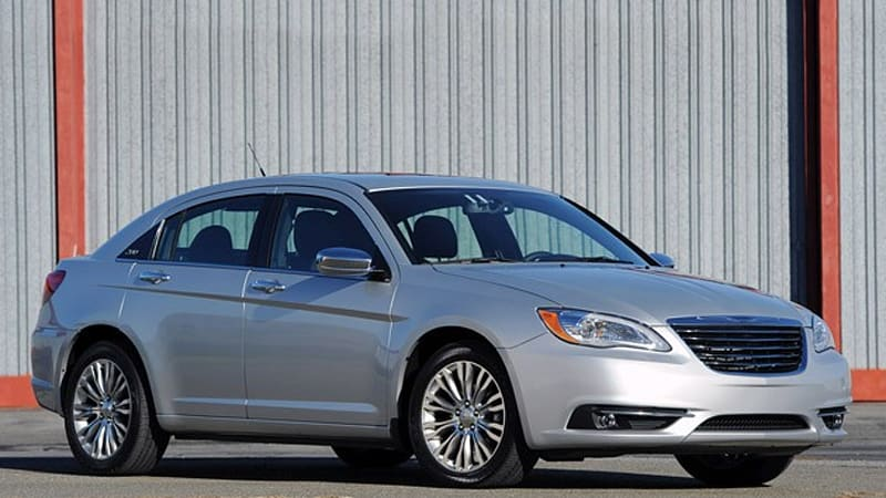 First Drive  2011 Chrysler 200