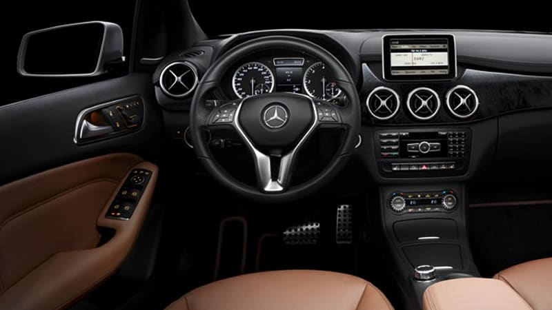 Mercedes releases first b class interior images autoblog for Mercedes benz service b checklist