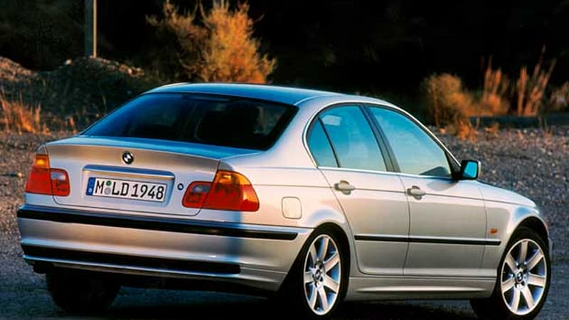 Bmw Recalling 241 000 3 Series Models Over Faulty Taillights