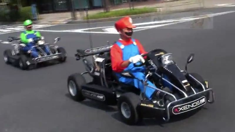 real life mario kart hits the streets of japan auto breaking news. Black Bedroom Furniture Sets. Home Design Ideas
