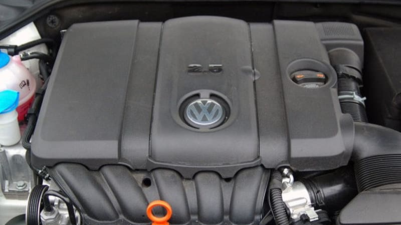 The 2 5 Liter Five Cylinder Engine Under Hood Of Many Volkswagen Models Has Never Been A Favorite Ours And It Ears Vw May Finally Be Over As