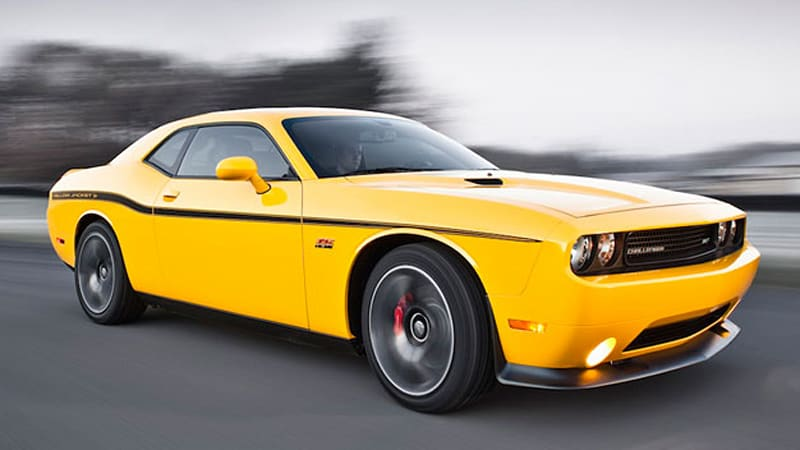 Dodge Challenger Srt Yellow Jacket And Charger Srt8 Super Bee Debuting In La