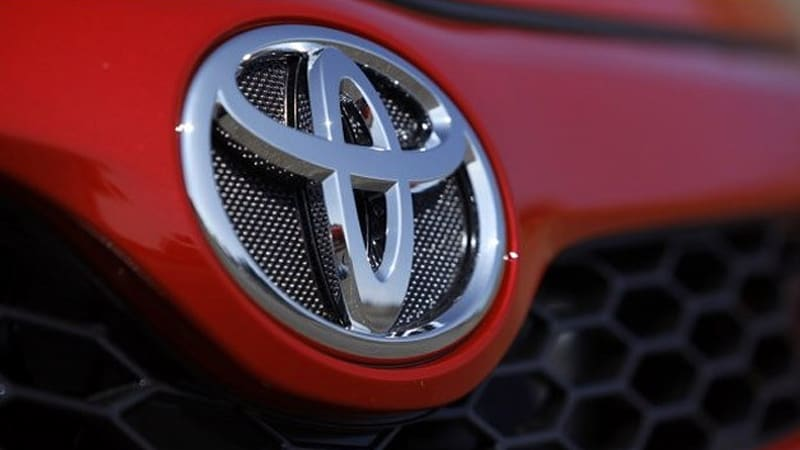 Toyota Tops Kelley Blue Book S Re Value Awards
