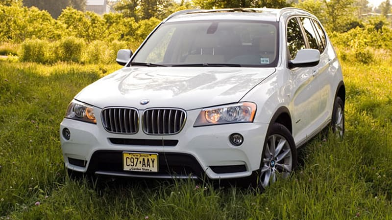 Bucking trend, Consumer Reports gives nod to BMW X3 over