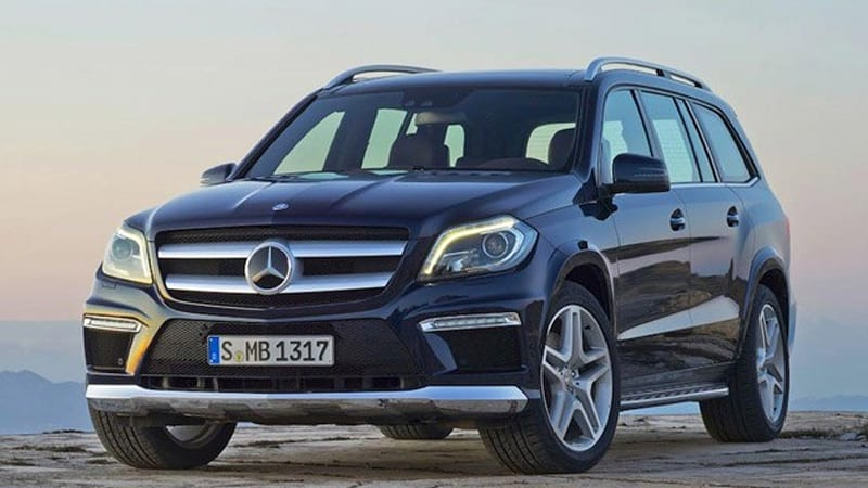 2013 mercedes benz gl class breaks cover ahead of ny debut autoblog. Black Bedroom Furniture Sets. Home Design Ideas