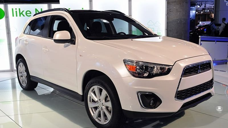 Not Every Reveal At The 2012 New York Auto Show Was As Exciting As The SRT  Viper. As Evidence, We Present The 2013 Mitsubishi Outlander Sport.