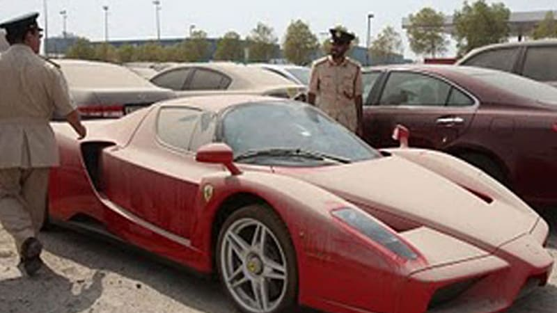 Based On The Cars That Usually Feature In The Videos We Get From Dubai, We  Canu0027t Really Call The Tale Of This Ferrari Enzo That Outrageous.