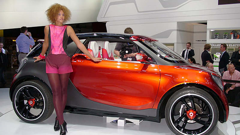 Smart Forstars Concept Is A Rolling Drive In Movie Theater In Orange