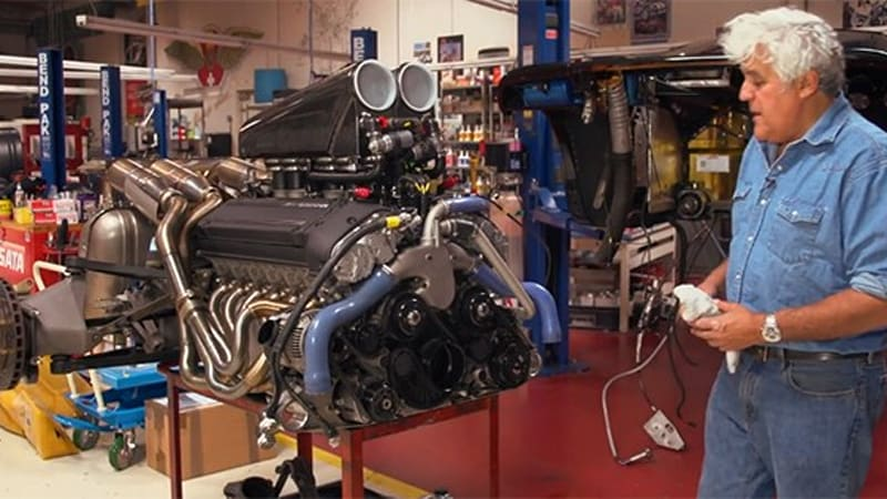 Jay Leno extracts the V12 engine from his McLaren F1