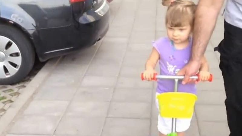 Adorable Russian toddler knows her cars