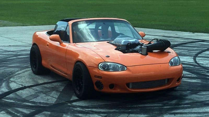 V8 Miata For Sale >> Hellcat Powered Miata Will Be Auctioned By Barrett Jackson