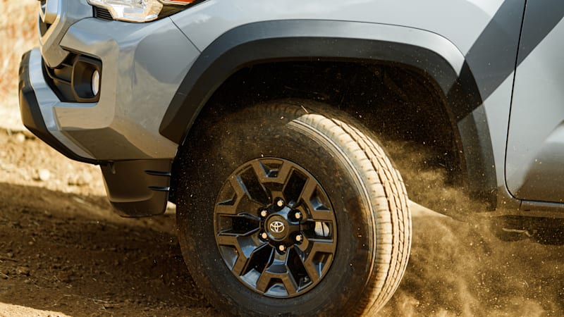 Toyota bringing off-road truck variants to Chicago Auto Show
