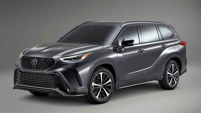 2021 Toyota Highlander XSE wants to be your sporty sport utility vehicle
