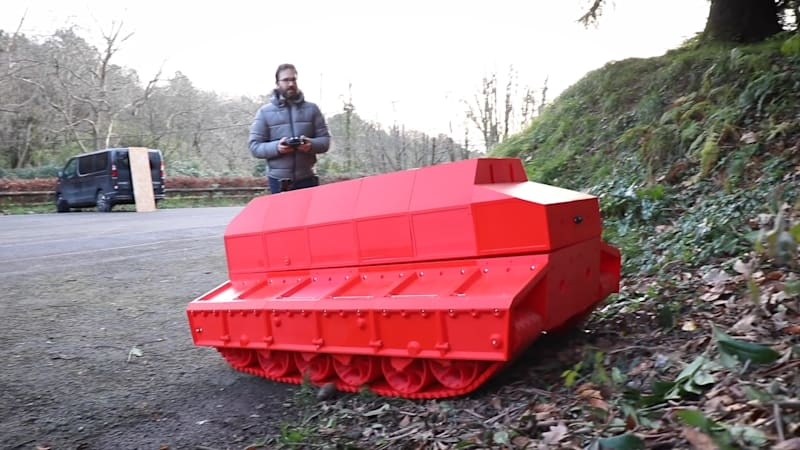 This bright red 'tank' was completely 3D printed