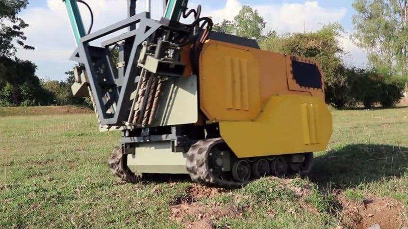 Landmine removing bot