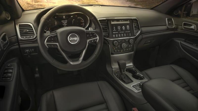 Jeep Grand Cherokee Laredo 2019 Interior