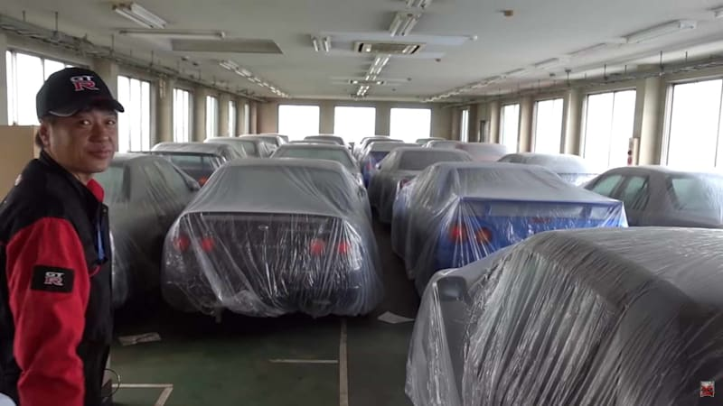 Cheap Nissan Skylines are a specialty of Trust Kikaku in Japan