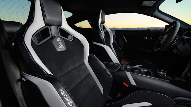 2020 GT500 65