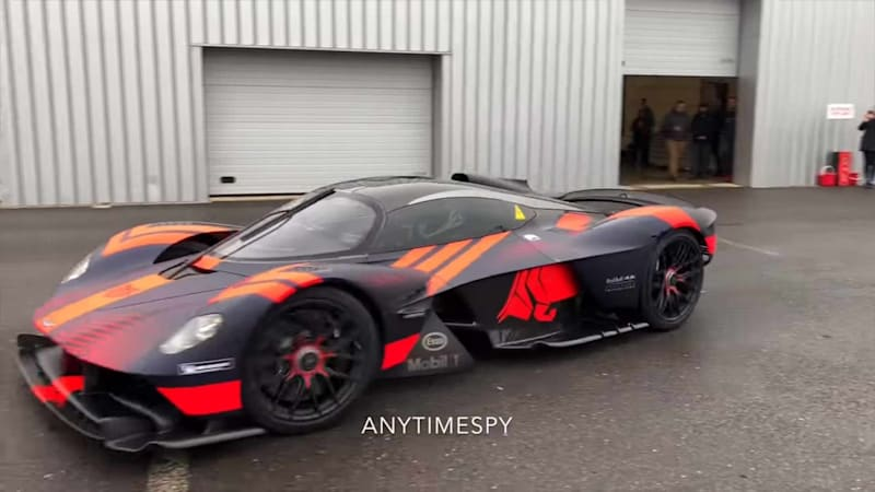 Soundcheck Aston Martin Valkyrie Begins To Scream Autoblog