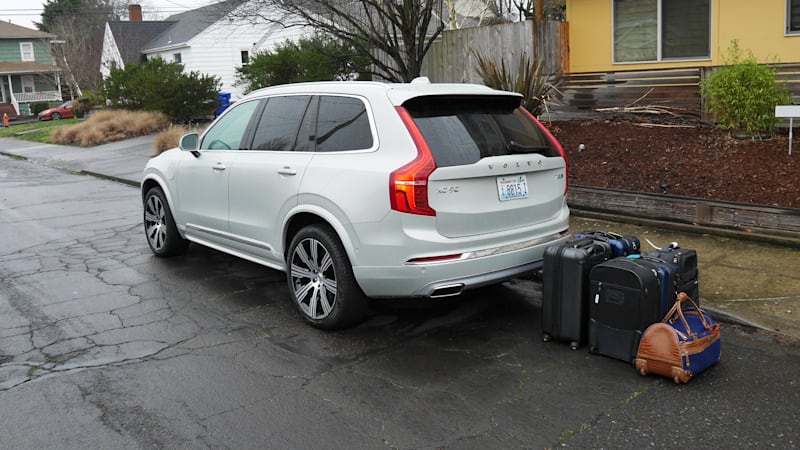 Volvo Xc90 Commercial >> 2020 Volvo Xc90 Luggage Test How Much Fits Behind The