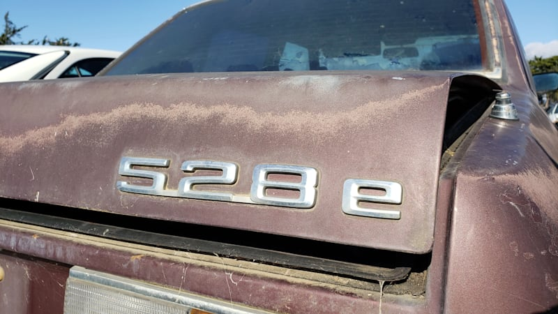 Junkyard Gem: 1984 BMW 528e Sedan