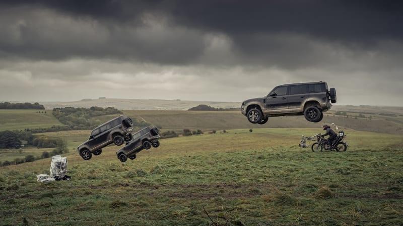 Land-Rover-Defender-in-No-Time-to-Die-1.jpg