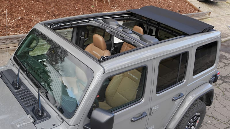 2020 Jeep Wrangler Sky One Touch Power Top