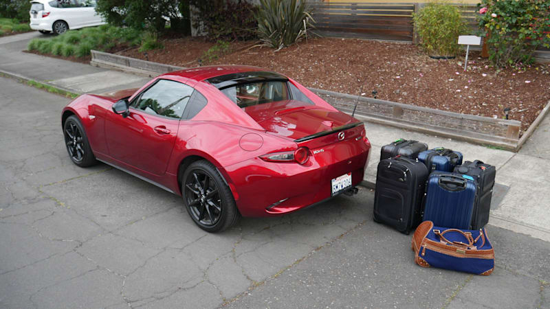2020 Mazda MX-5 Miata RF Luggage Test | It's not the size that counts ...