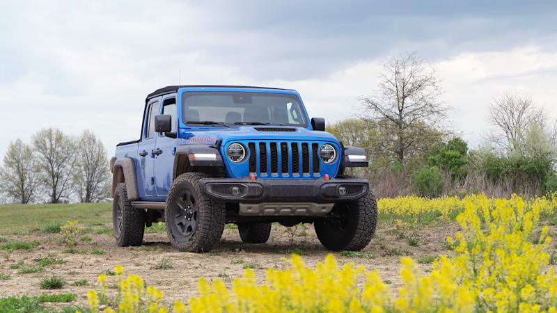 2020 Jeep Gladiator First Drive | What's new, Fox shocks, off-roading