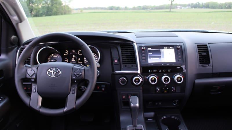 2020 Toyota Sequoia Interior Storage Driveway Test