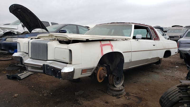 999-1976-Chrysler-New-Yorker-in-Colorado-Junkyard-photo-by-Murilee-Martin.jpg