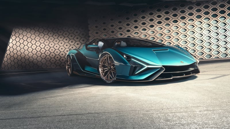 Lamborghini outlines electrification strategy, announces first EV