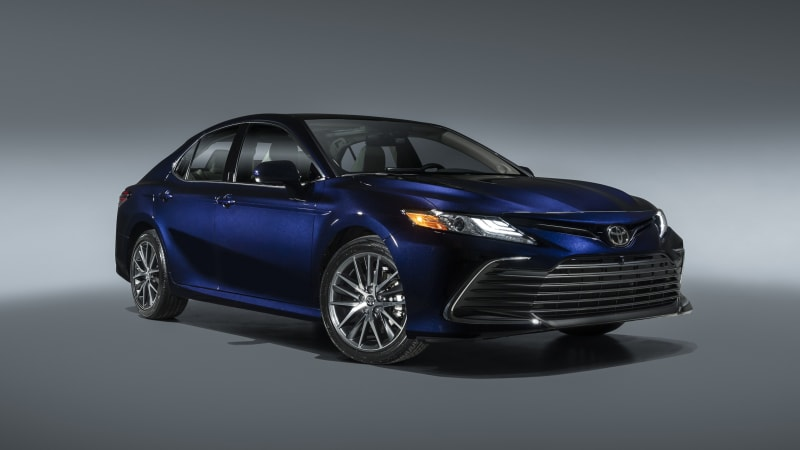 2021 Toyota Camry gets updates, what may be a performance hybrid in XSE trim
