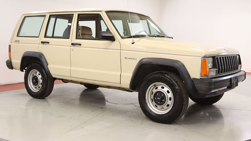 This 1985 Jeep Cherokee for sale is shockingly and charmingly basic