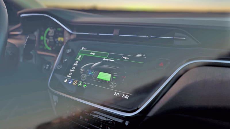 Chevrolet provides first glimpse of Bolt EUV interior