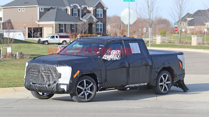 2022 Toyota Tundra spied with big design changes in the making