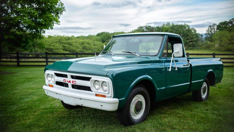 Пикап GMC 1967 года, купленный Элвисом Пресли новым, выставлен на аукцион