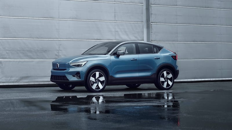 Volvo introduces 2022 C40 Recharge crossover, announces all EV sales will  be online-only | Autoblog