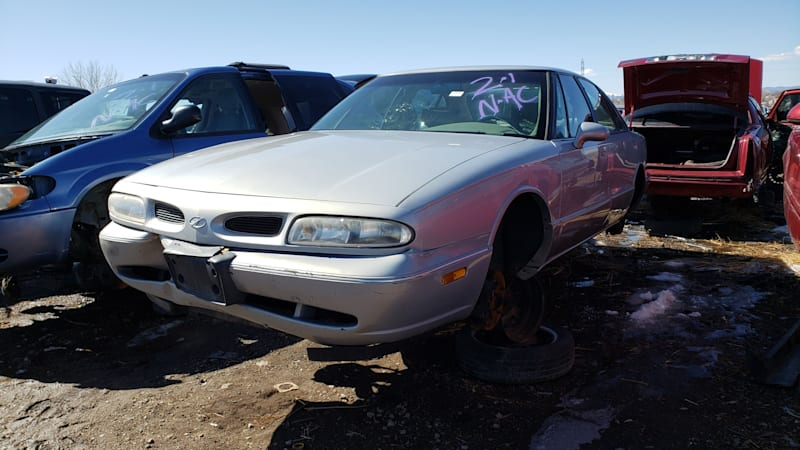 Junkyard Gem: 1998 Oldsmobile Eighty-Eight